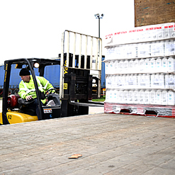 We can empty your freight containers and then redistribute your goods throughout the UK